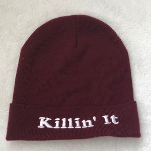 "NWOT ""killin it"" maroon beanie"